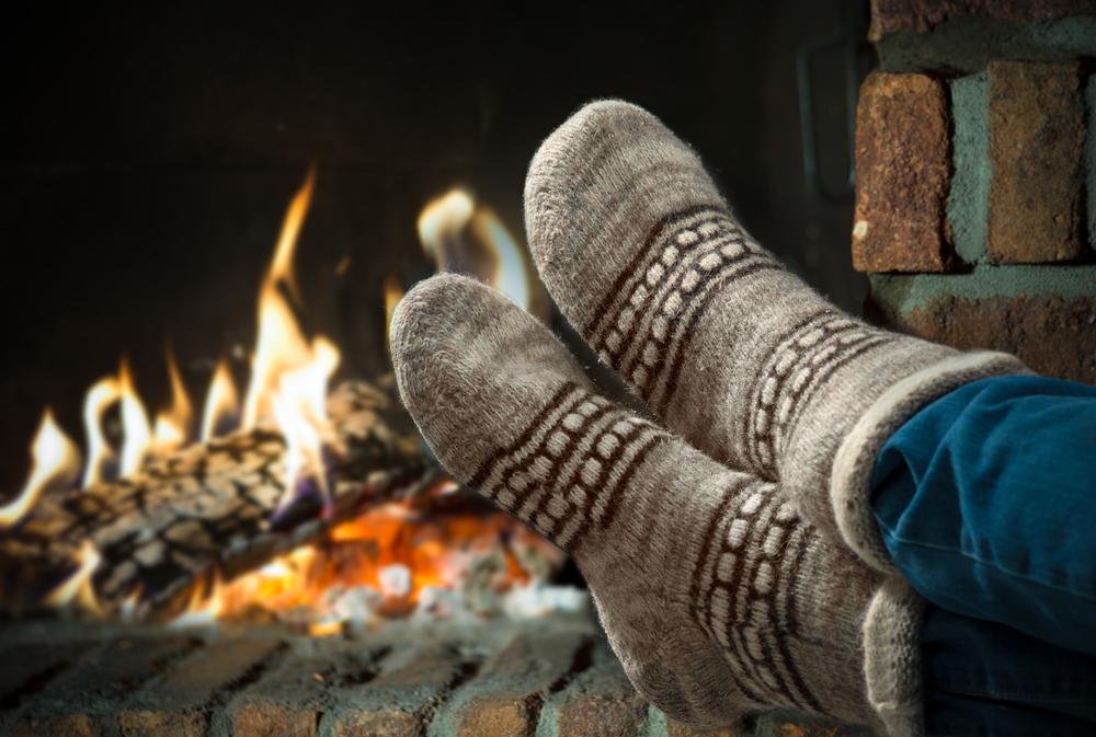 keeping feet warm in winter